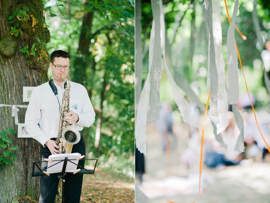 Photo Saxophonsolo beim Hochzeitsempfang.