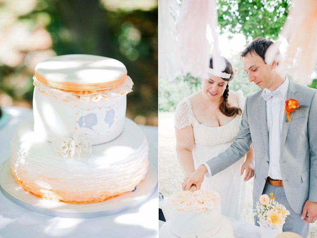 Photo Anschnitt der Hochzeitstorte. Cameo-Design