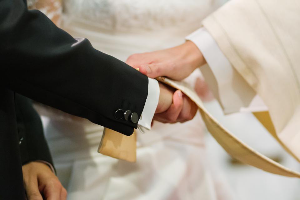 Photo Segnung des Priesters zur Hochzeit